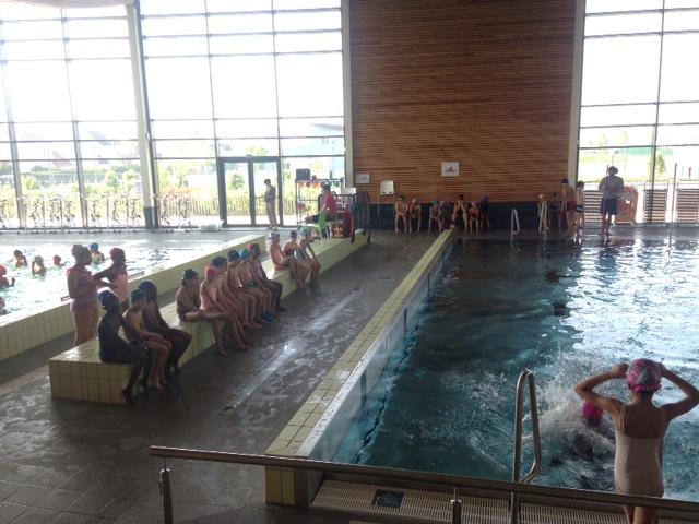 Ce1 ce2 cm1 aujourd 39 hui on a piscine le blog de l for Piscine ouverte aujourd hui