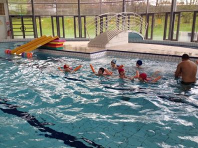 Mercredi c 39 est piscine pour les grands maternelle morel for Piscine corneille la celle saint cloud