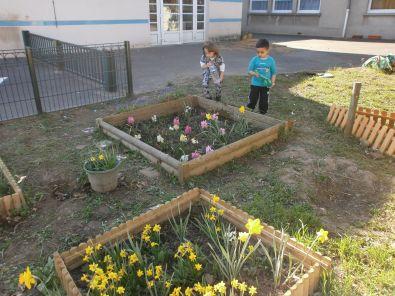 C 39 est le printemps vive le jardin for Vive le jardin bressuire